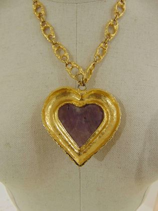 kenneth-jay-lane-gold-tone-purple-heart-pendant-necklace-2