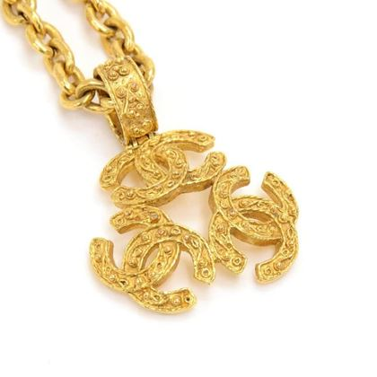 vintage-chanel-gold-plated-triple-cc-chain-necklace-2