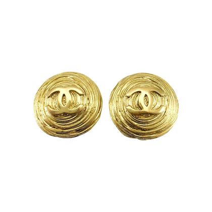 chanel-gold-plated-texturised-round-logo-earrings-circa-1988-2