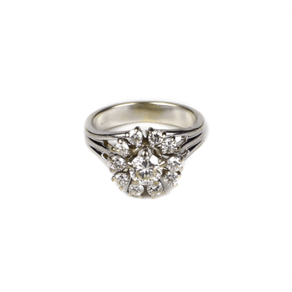 14k-white-gold-diamond-cocktail-ring-05-carats-size-525-5-14-flower
