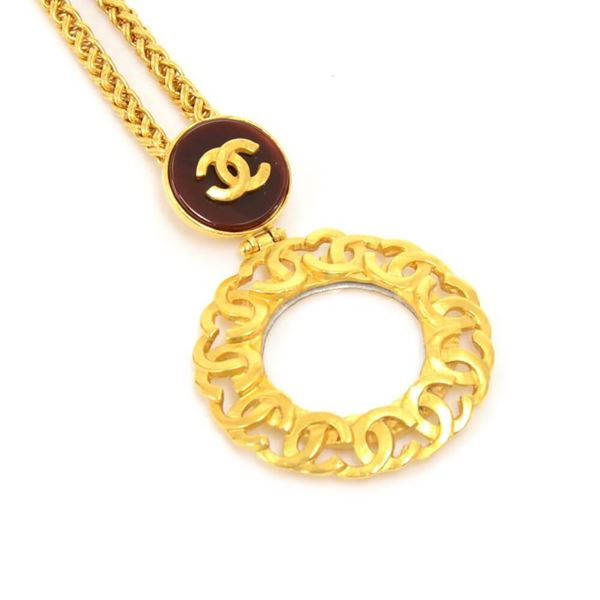 vintage-chanel-gold-tone-round-magnifying-glass-chain-necklace