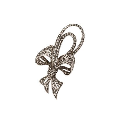 1950s-vintage-silver-bow-brooch