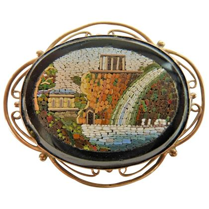 1900s-century-italian-brooch-onix-blanck-and-gold-micromosaic