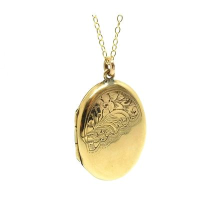 antique-art-deco-1920-1935-yellow-gold-oval-locket