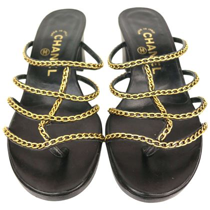 chanel-black-leather-gold-chain-heeled-sandals