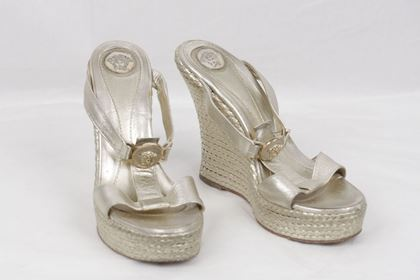 Medusa Wedges Sandals Size 40