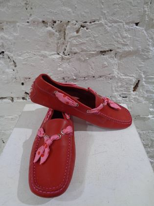 tods-red-leather-loafer-2
