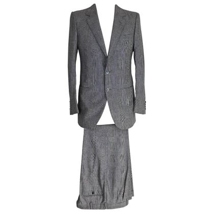 brioni-vintage-prince-of-wales-mens-slim-fit-gray-suit-made-in-italy