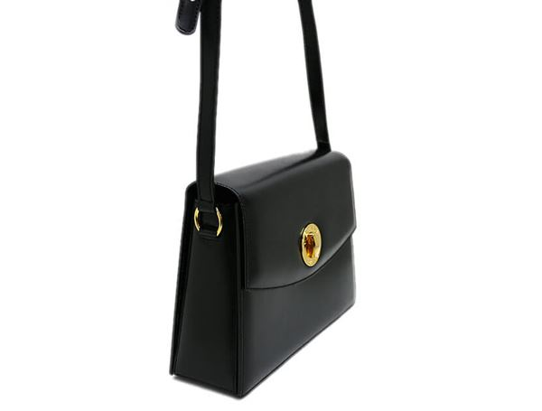 celine-turn-lock-calf-leather-shoulder-bag