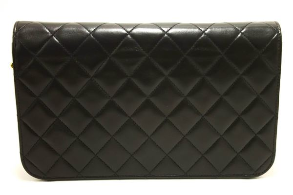 chanel-chain-shoulder-bag-clutch-black-quilted-flap-lambskin-purse-49