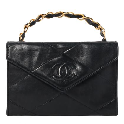 chanel-v-flap-cc-mark-stitch-chain-handbag-black