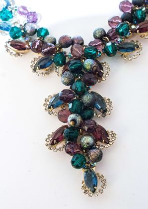 50s-purple-green-beaded-rhinestone-necklace-and-earrings-set-2