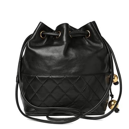 black-quilted-lambskin-vintage-timeless-bucket-bag