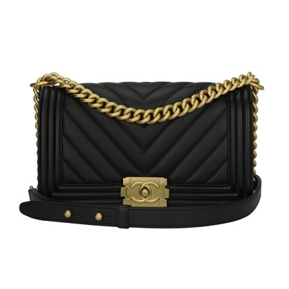 chanel-old-medium-chevron-boy-black-calfskin-brushed-gold-hardware-2018
