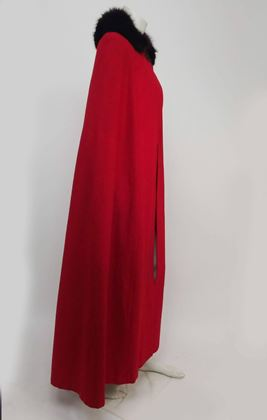 antique-red-wool-cape-with-black-fox-fur-trim