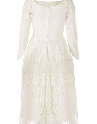 late-1950s-early-1960s-white-chantilly-style-lace-tiered-bridal-gown-uk-size-8
