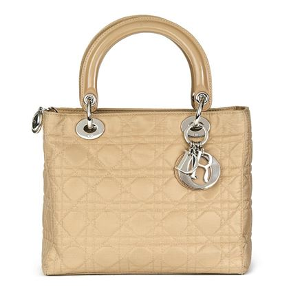 beige-quilted-satin-patent-leather-lady-dior-mm