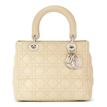 beige-quilted-lambskin-lady-dior-mm