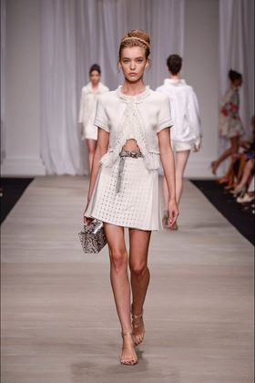 white-linen-cropped-jacket-with-fringes
