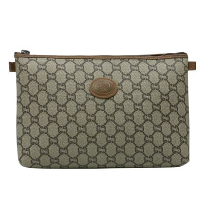 gucci-gg-plus-pattern-logo-embossed-clutch-bag-brown