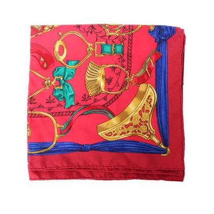 hermes-ribbon-pattern-scarf-red