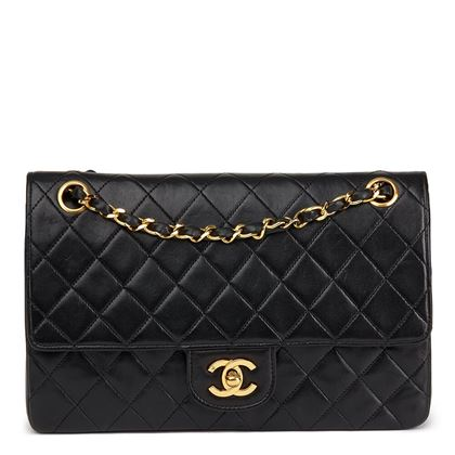 black-quilted-lambskin-vintage-medium-classic-double-flap-bag-13