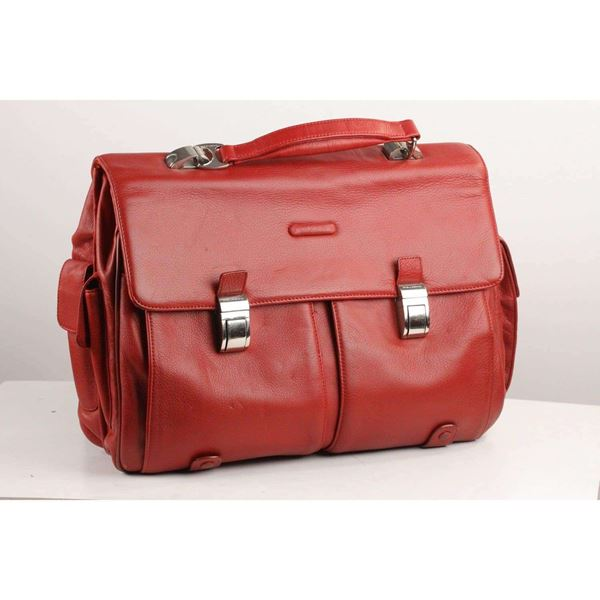 briefcase-red-work-bag-mod-blue-square