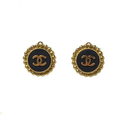chanel-cc-mark-round-earrings-black-6