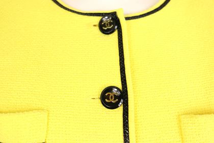 chanel-yellow-cotton-short-sleeves-cropped-jacket