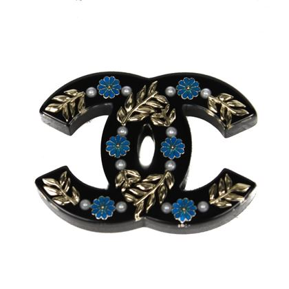 chanel-2018-brooch-cc-pin-pearl-black-blue-floral-resin-greece-greek-flower-new