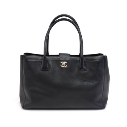 chanel-cerf-black-caviar-leather-tote-bag-2