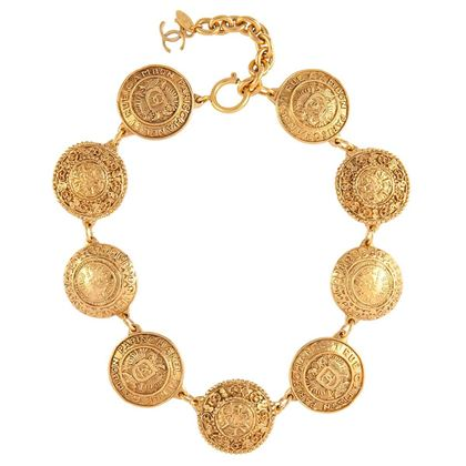 1980s-vintage-chanel-statement-necklace