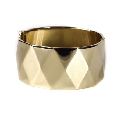chanel-2017-gold-quilted-cuff-bracelet-cc-17p-new