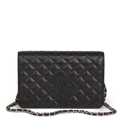 black-quilted-lambskin-diamond-cc-wallet-on-chain