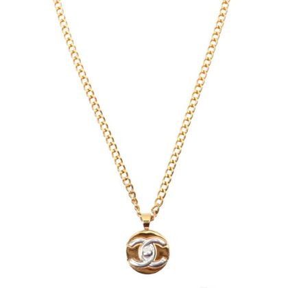chanel-biocolor-round-matelasse-plate-necklace-goldsilver
