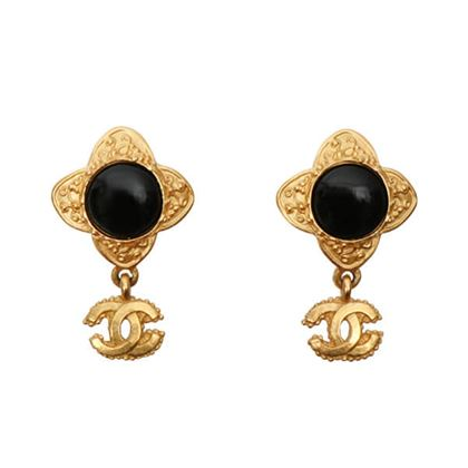 chanel-cc-mark-stone-swing-earrings-black