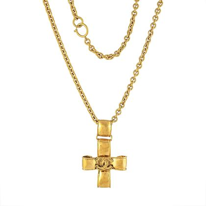 rare-chanel-statement-cross-necklace