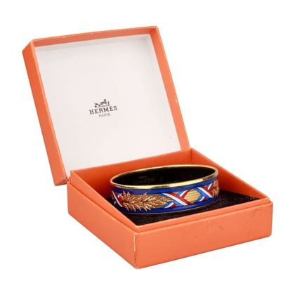 hermes-red-white-and-blue-bangle