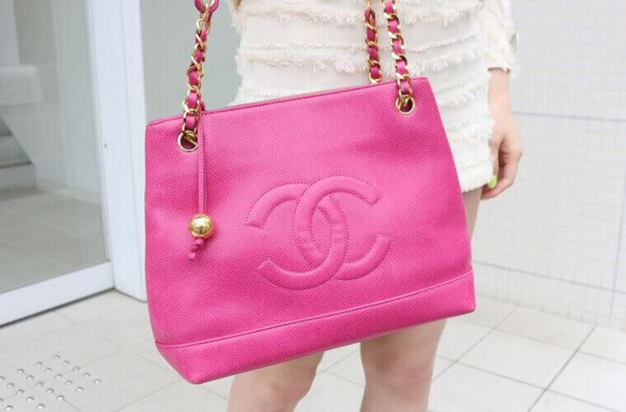 9b4ad7d69633 The Open for Vintage Guide To Authenticating a Vintage Chanel 2.55 Flap Bag
