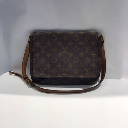 louis-vuitton-musette-tango-with-gold-hardware