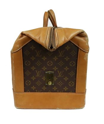 louis-vuitton-rare-vintage-doctor-duffle-travel-bag-large-55-cm-tan-french-saks-pre-owned-used
