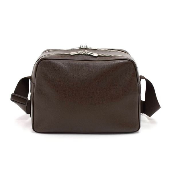 louis-vuitton-reporter-brown-taiga-leather-medium-shoulder-bag