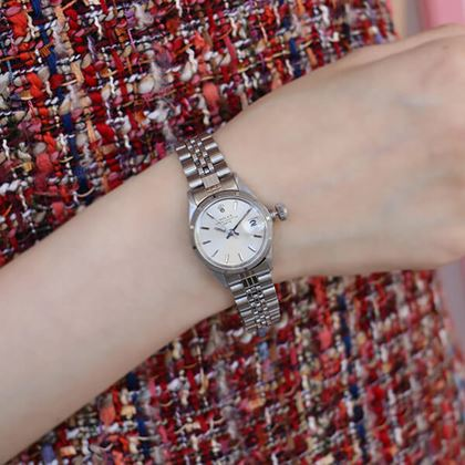 rolex-oyster-perpetual-datejust-watch-silver