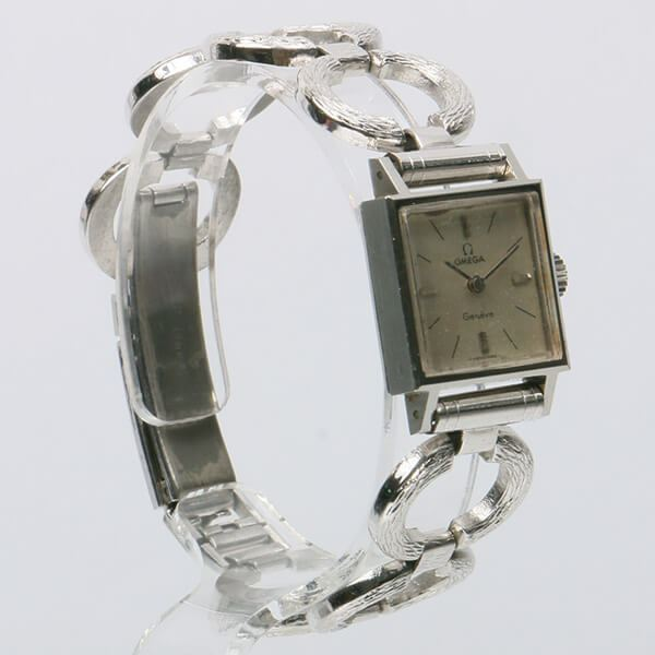 omega-square-face-genève-watch-silver