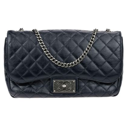 chanel-crinkled-navy-blue-patent-jumbo-single-flap-bag
