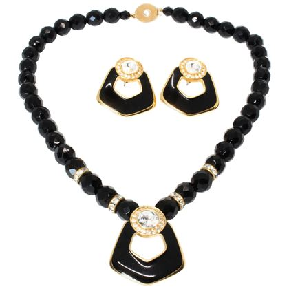 bergdorf-goodman-1980s-vintage-necklace-and-earrings-set