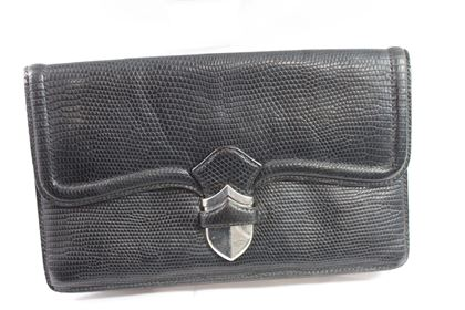 vintage-40s-hermes-lady-clutch-in-black-lezard
