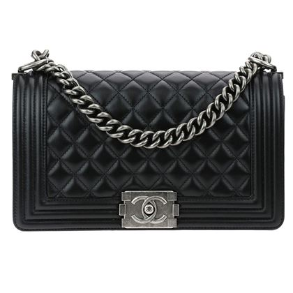 new-chanel-2018-black-calfskin-leather-medium-boy-bag