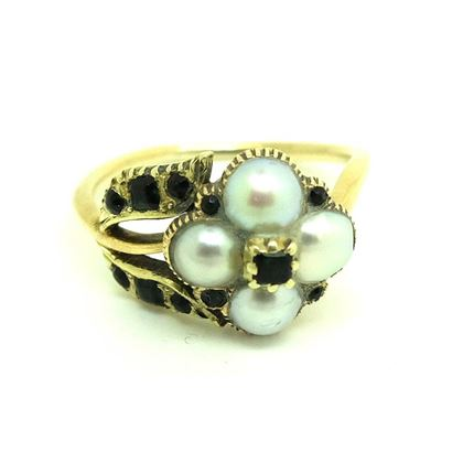 antique-victorian-pearl-green-garnet-mourning-ring