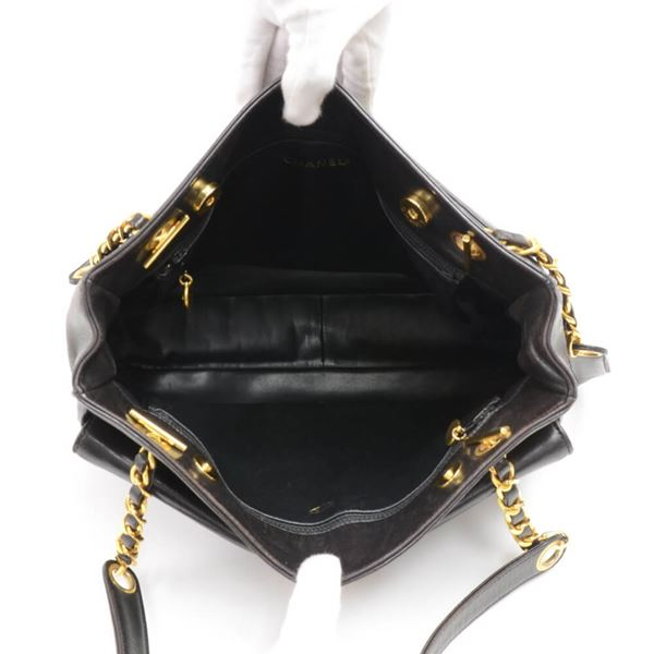 vintage-chanel-black-lambskin-leather-front-pocket-chain-tote-bag